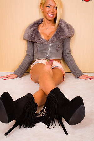 Miran is the full newhalf package and then some - spellbinding beauty, a figure to die for, flawless breasts and a whopping big cut of stay-hard fun in her panties