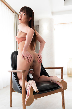 Serina Tachibana Huge Cock Locked Shemale